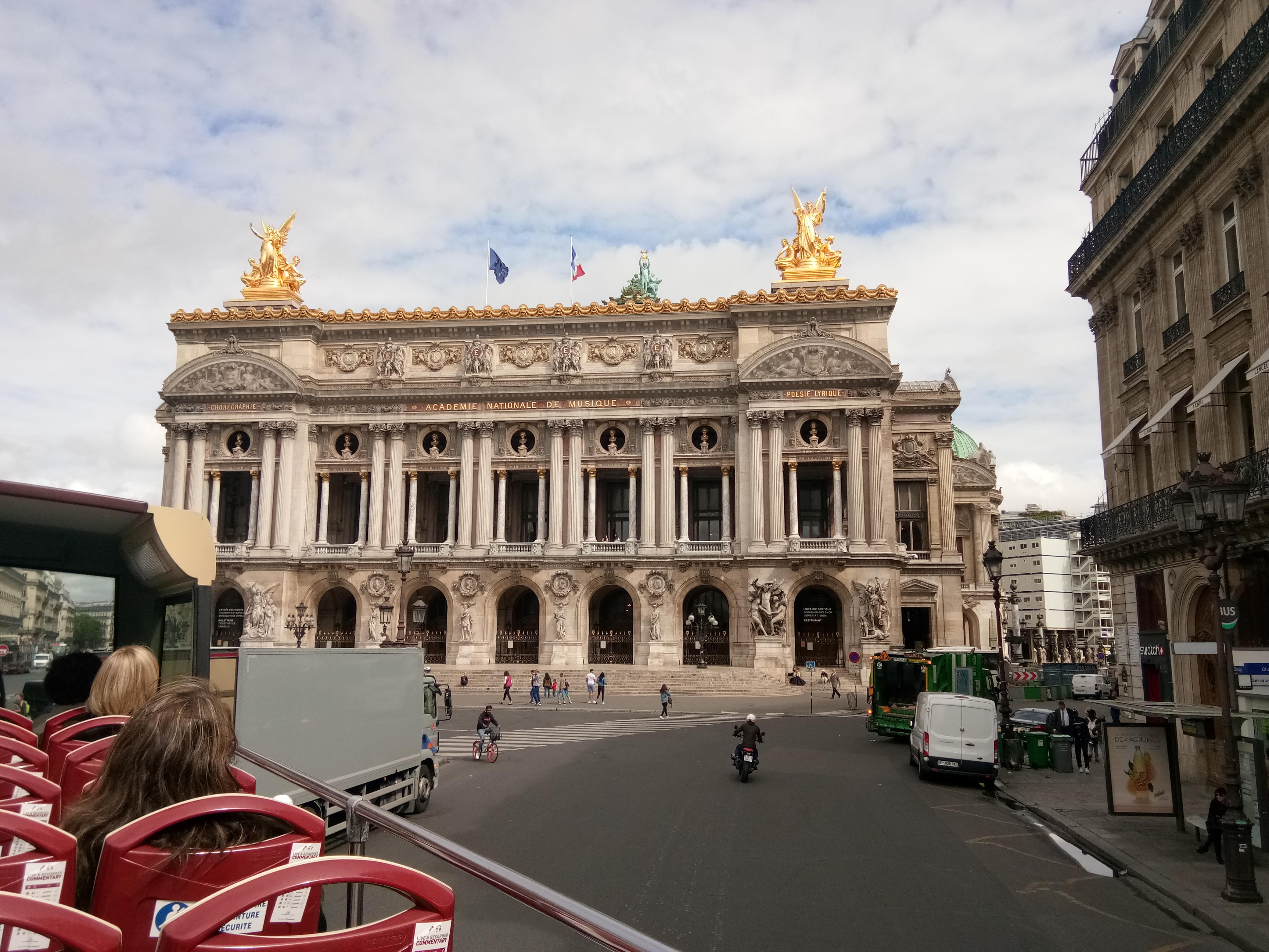 Red Bus Paris